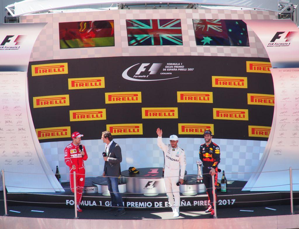 El gran Pedro de la Rosa entrevista a los ganadores