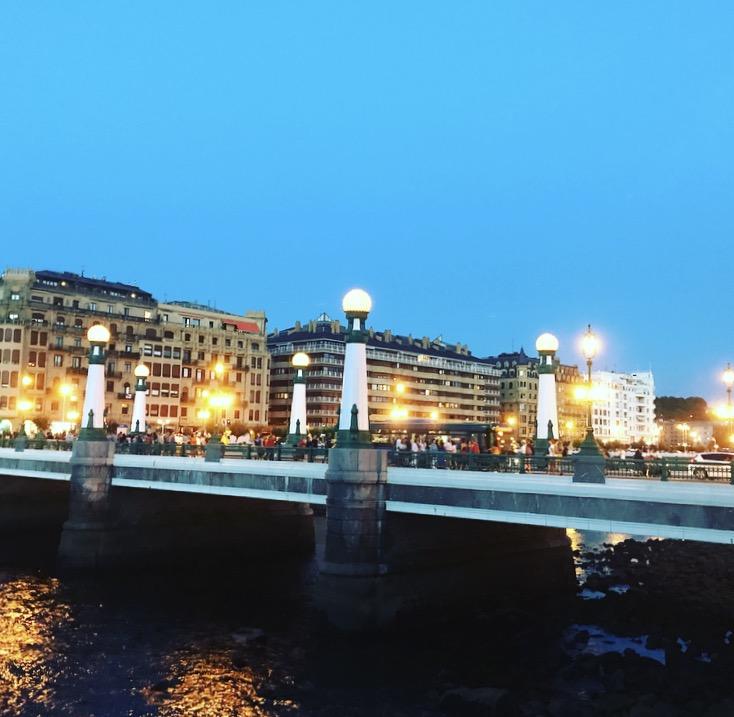 Puente del Kursaal desde Paseo Salamanca